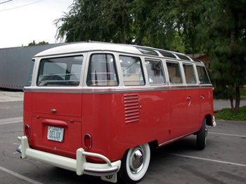 rear-red-creambus