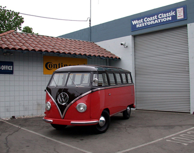 red-black-bus